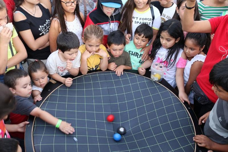 MIM se tomará el Metro con intervenciones científicas en el Día de la Astronomía