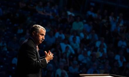 Thomas Friedman: experto en tecnología, globalización y cambio climático expondrá por primera vez en Chile