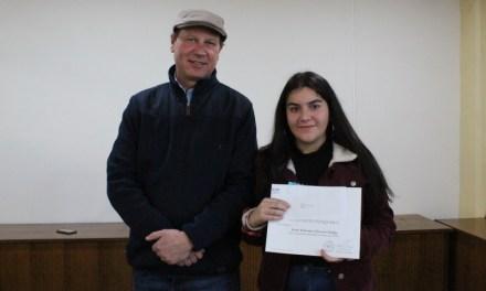 Fundación Chinquihue entregó becas de estudios a 15 jóvenes