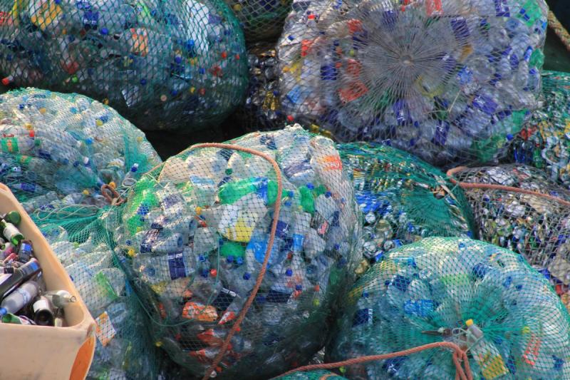 Experta llama a usar racionalmente los plásticos y a crear cultura de reciclaje