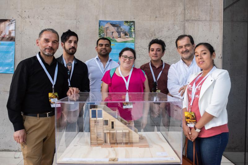 Estudiantes de DUOC UC presentan innovadora vivienda que llama a cambiar la construcción de hogares sociales en Chile