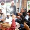 Juan Valdez se suma a Chao Bombillas y espera adherir a campaña a nivel mundial
