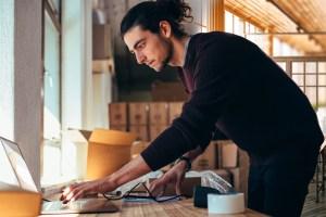 Mercado Libre y Asech firman acuerdo para impulsar a emprendedores a través del canal digital