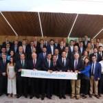 Andes Motor firma acuerdo público-privado para impulsar la electromovilidad en Chile