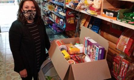 Banco de Chile entrega más de 2 mil canastas de alimentos a personas con discapacidad y sus familias a lo largo del país