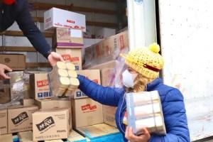 Nestlé Chile entrega más de 690 kilos de alimentos para vecinos de Maipú