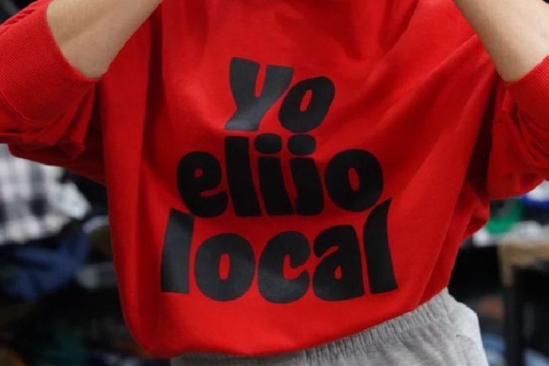 Desafío Levantemos Chile junto a Nostalgic crean exclusiva colección de ropa reciclada para apoyar emprendedores