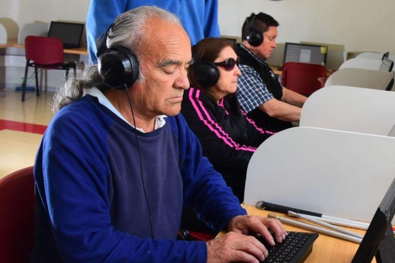 Los rubros en los que las personas ciegas han logrado encontrar trabajo y mantenerse con éxito