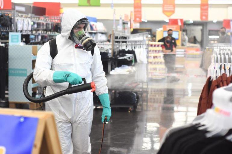 Innovador sistema de sanitización con nanopartículas de cobre: Walmart Chile y Aintech lo implementan en todos los supermercados del país