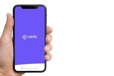 Cabify compensa huella de carbono mediante tecnología blockchain y con proyecto de biomasa en Chile