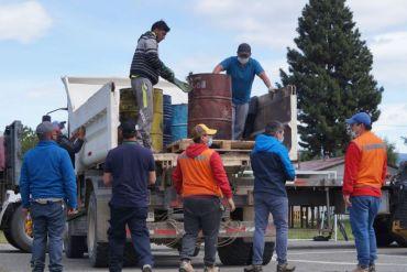 Limpian la Patagonia de aceites lubricantes y baterías fuera de uso