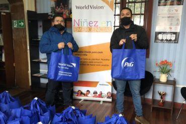 """World Vision y P&G Chile benefician a más de 5 mil familias a través de la Campaña """"Alimentando Corazones"""""""