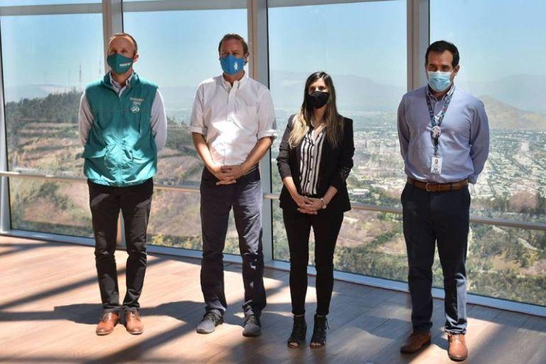 Inauguran cámaras geotérmicas en Costanera Center para controlar focos de incendios