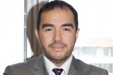 "Podcast | ""Absurda Economía"", Christian Cancino, Profesor FEN U. de Chile"