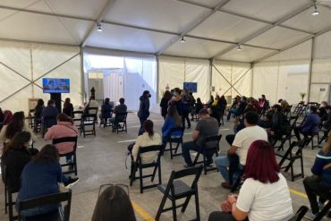 Cervecería AB InBev habilita sus instalaciones para que vacunaciones no se vean interrumpidas en Quilicura