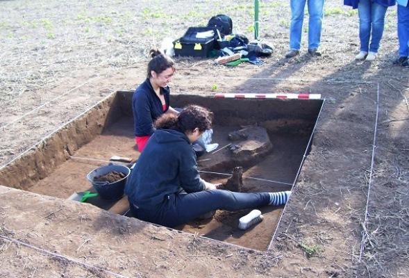 arqueologos2