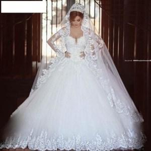 vestido-noiva-vintage-renda-luxo-anagua-D_NQ_NP_750325-MLB25400033901_022017-F