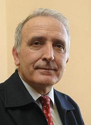 Javier Paredes, histórico provida, se desmarca de la manifestación de Hazte Oír.
