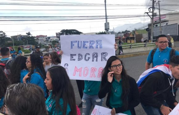 No queremos otro activista como ministro de Educación, señala Nueva República