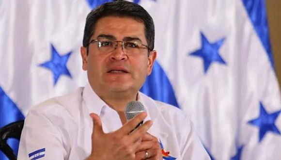 Al carajo con la dictadura de Juan Orlando Hernández