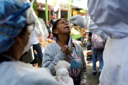 Guatemala anuncia reinicio vuelos deportados desde EEUU, foco de tensión con Washington
