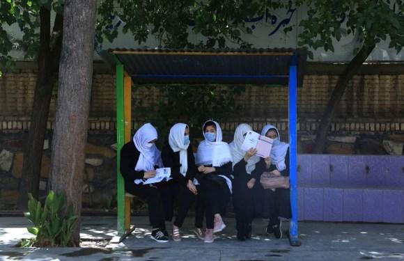 Costa Rica ofrece ayuda a niñas y mujeres afganas