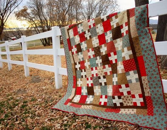 Gratitude-quilt-fence