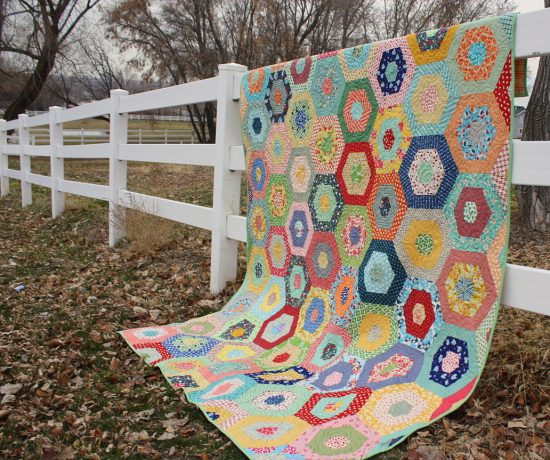 hexagon-jelly-roll-quilt