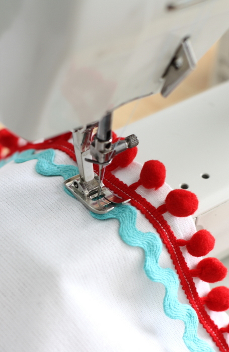 Crafternoon apron trim