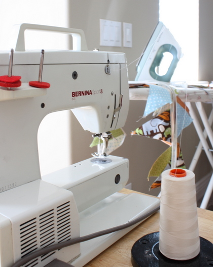 basic quilt supplies sewing machine and iron-1