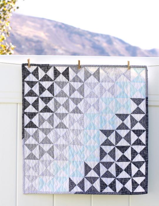 modern-quarter-square-triangle-mini-quilt