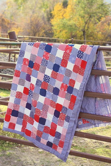 retro-gingham-patchwork-quilt