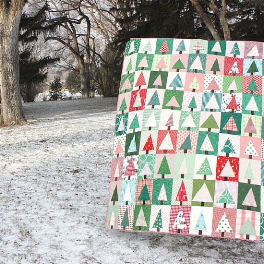 holiday-patchwork-forrest-quilt
