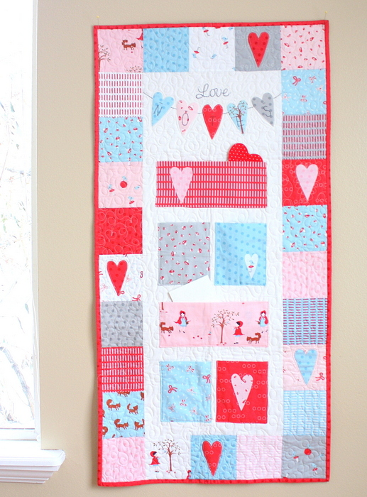 Love Notes Valentines wall hanging-001