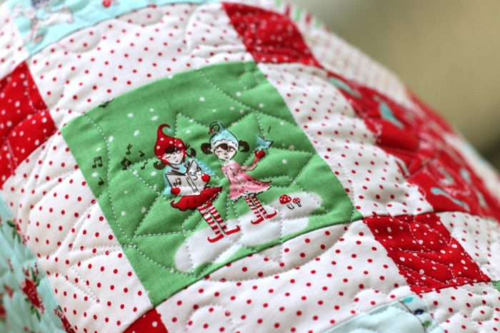 Favorite Christmas Quilts featured by top US quilting blog, Diary of a Quilter