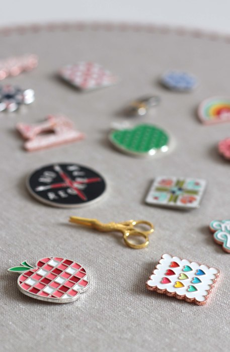 How to display your flair: Enamel pins by Maker Valley