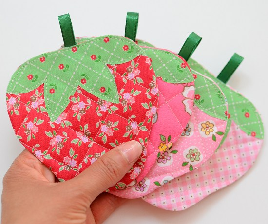Quilted Strawberry Coasters tutorial by Nadra Ridgeway