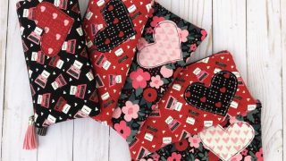 Heart Zip-Pouch Tutorial guest post by Amanda of Jedi Craft Girl