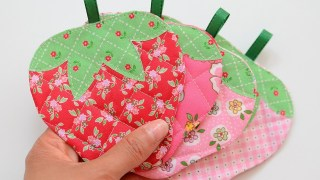 Quilted Strawberry Coaster Tutorial