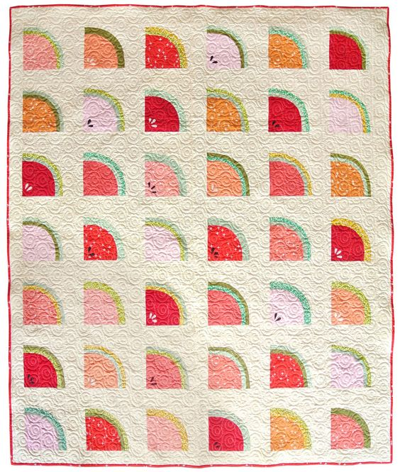Ideas for summer-themed sewing projects: Free Watermelon quilt pattern by Suzy Quilts