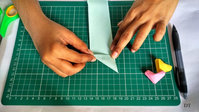 how to make an origami heart?
