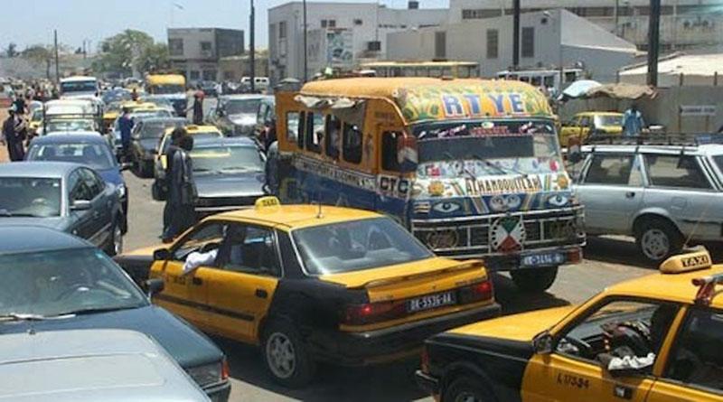 Embouteillage: Les automobilistes vivent le calvaire en cette veille de fête.