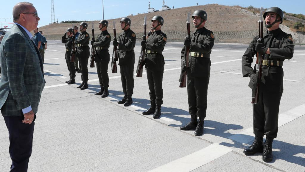 Erdogan menace d'attaquer une nouvelle fois la milice kurde syrienne YPG