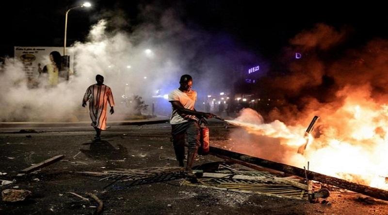 Bilan couvre-feu à Dakar et Thiès: plus de 400 personnes arrêtées, une centaine déférée…