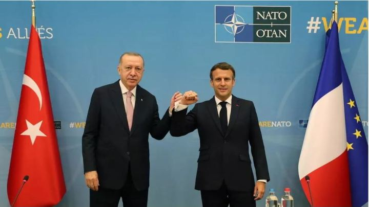 En marge du sommet de l'Otan, une rencontre Macron-Erdogan après des mois de tension