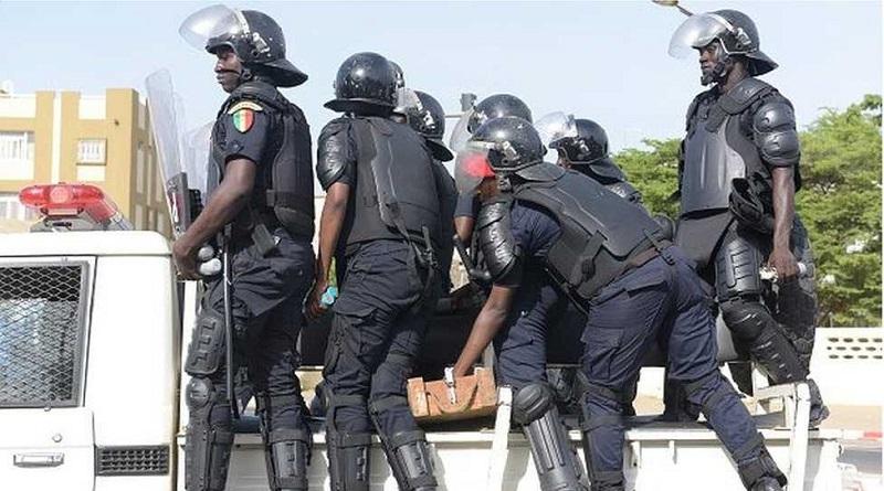 Opéreration de sécurisation de la police / Bilan du Gamou : 36 individus interpellés, plus de 2kg de chanvre indien et 75 téléphones saisis.