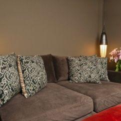 Sofa Cinza E Almofadas Coloridas Usa Made Como Escolher Para Seu Sofá - Dicas De Mulher