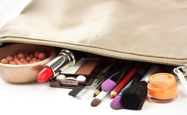 coisas toda mulher deve carregar na necessarie Coisas que toda mulher deve carregar na nécessaire