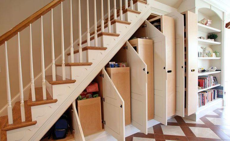 14 ideias criativas para usar o espao embaixo da escada
