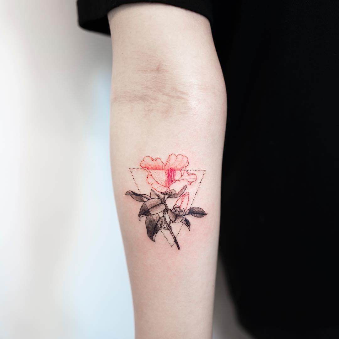 Tatuagens Femininas Pequenas E Delicadas No Ombro